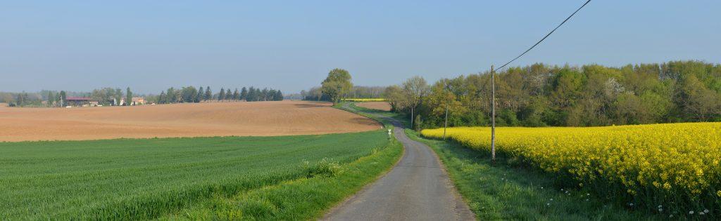 paysage route campagne mobilité région occitanie carburant ©DR