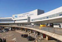 Aéroport Toulouse Blagnac suspendue
