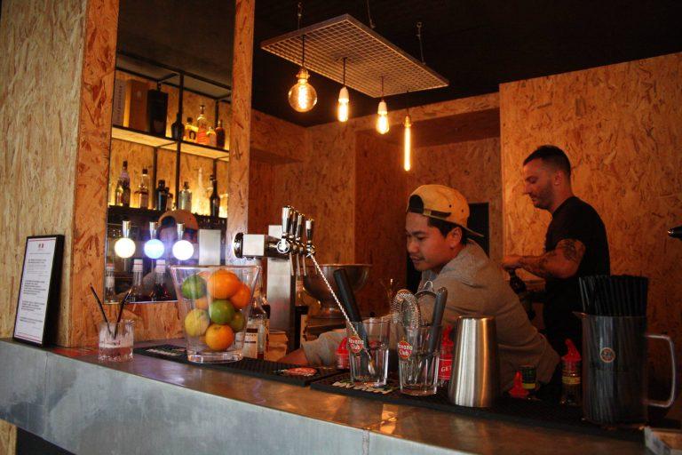 Le Marché Noir : Un bar à cocktails légal