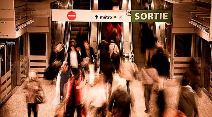 qui passe de la musique dans le métro ?