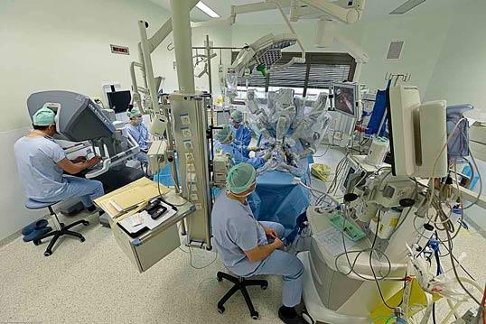 robot chirurgical au CHU de Toulouse
