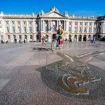 [La question existentielle] Pourquoi y a-t-il des signes du Zodiaque sur la place du Capitole?