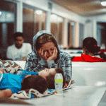 [Grand Angle] Quelles alternatives pour les mères isolées ?