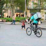 [En Immersion] Une soirée avec des livreurs à vélo