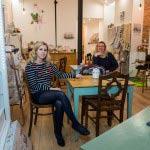Les filles naissent dans les roses : le salon de thé familial