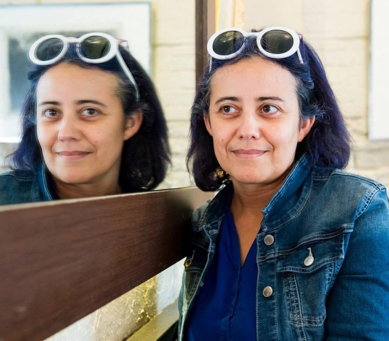Houria Lafrance, enseignante artiste