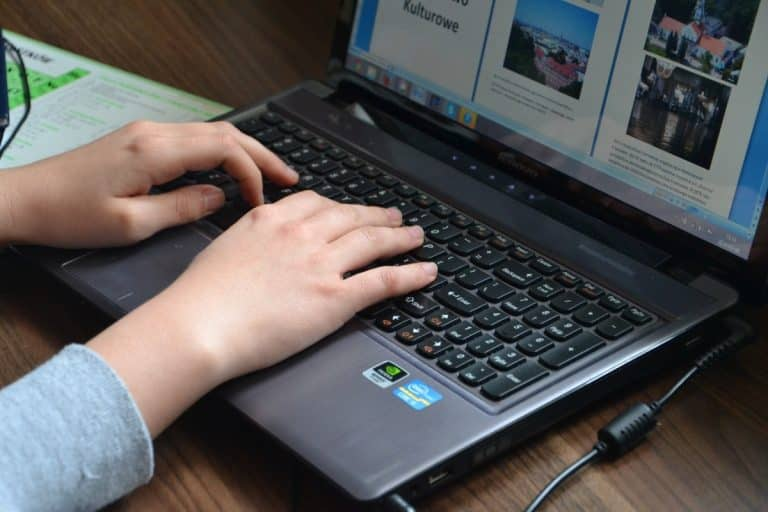 Numérique. Emmaüs Connect lance une grande collecte d'ordinateurs inutilisés
