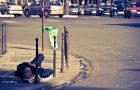 Homme qui dort dans la rue ©Damien.Phototrend.fr