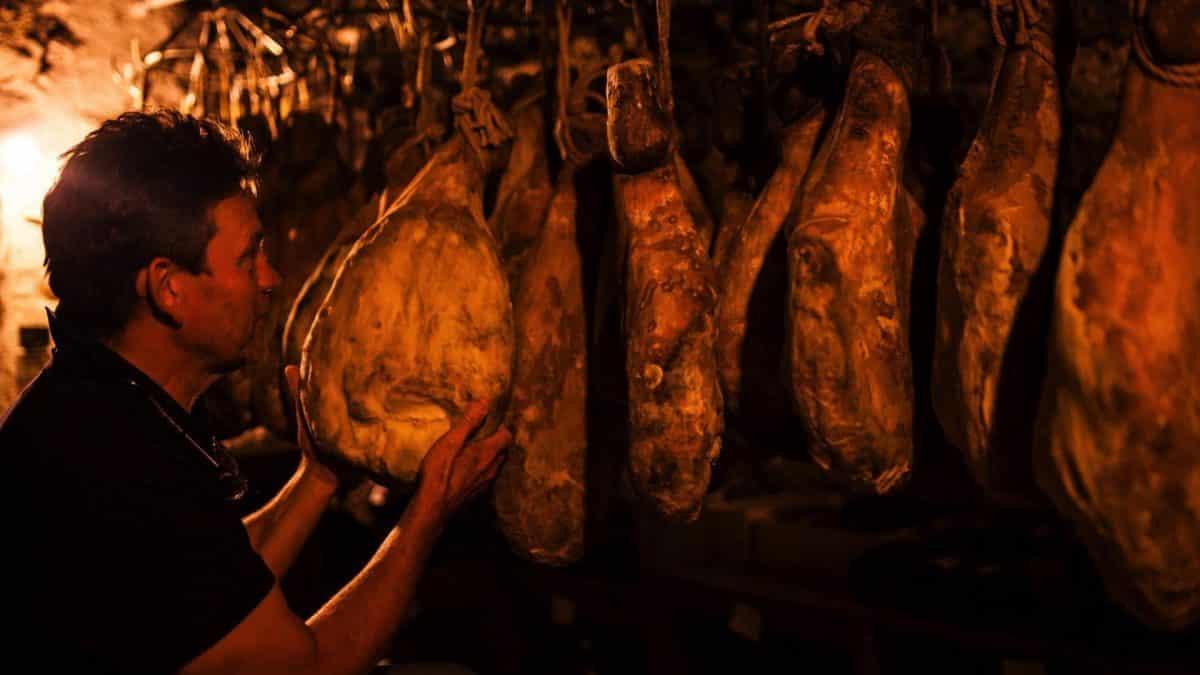 Patrick Duler et ses jambons