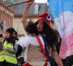 Une performance et des témoignages pour dénoncer la répression policière