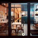 Après les food trucks, l'enseigne de burgers Bouche-b ouvre son premier restaurant à Toulouse