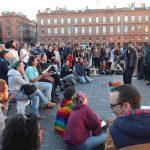 Cabarets politiques: le débat hyperactif