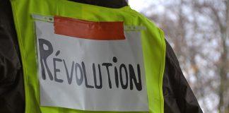 Gilets jaunes: une assemblée citoyenne pour étayer le mouvement