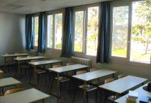 Une centaine d'enseignants de lycées haut-garonnais ont remis leur démission du poste de professeur principal, devant le rectorat