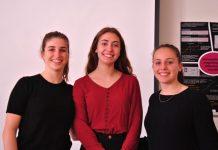 Lucille Marin, Alice Rousseau et Marine Tellier (de gauche à droite) représenteront la France à l'ISEF Phoenix. Crédit Photo : Damien Irié
