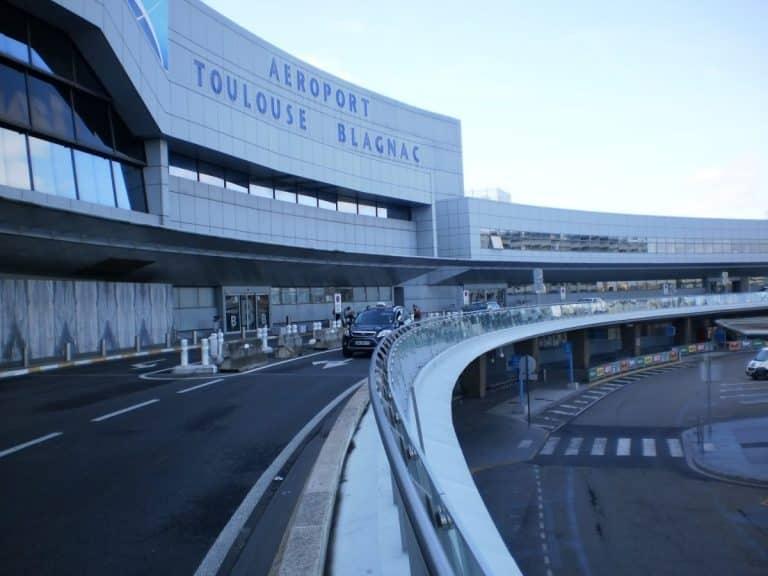 Aéroport : les actionnaires locaux demandent la mise sous séquestre des parts de Casil