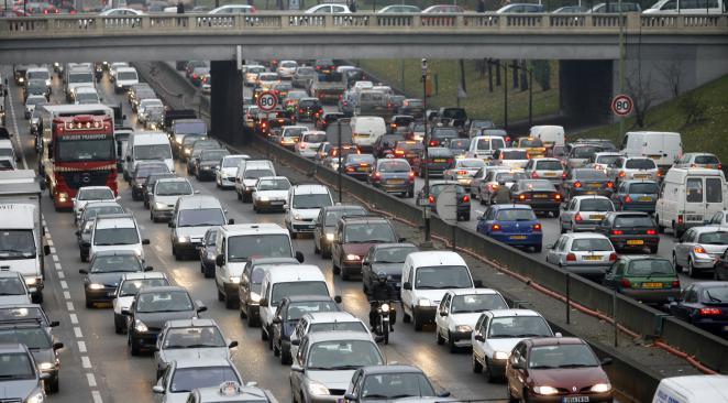 Les créneaux à éviter, selon Bison Futé, pour ne pas se retrouver coincé dans les embouteillages, en ce début de week-end de Pentecôte