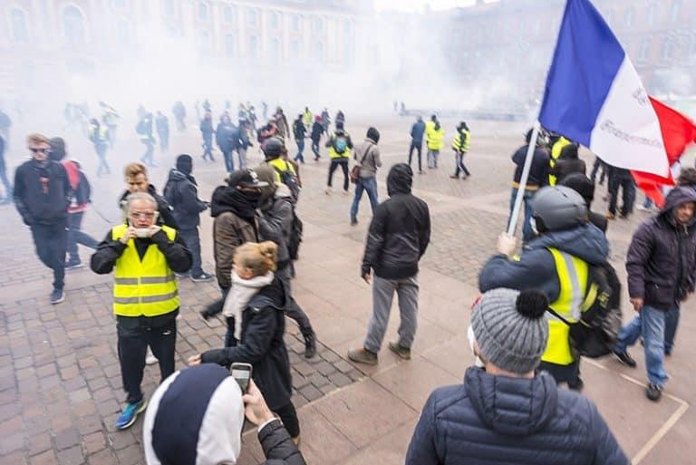 Des milliers de Toulousains manifestent contre la loi de sécurité globale