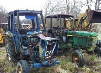 tracteurs abandonnés