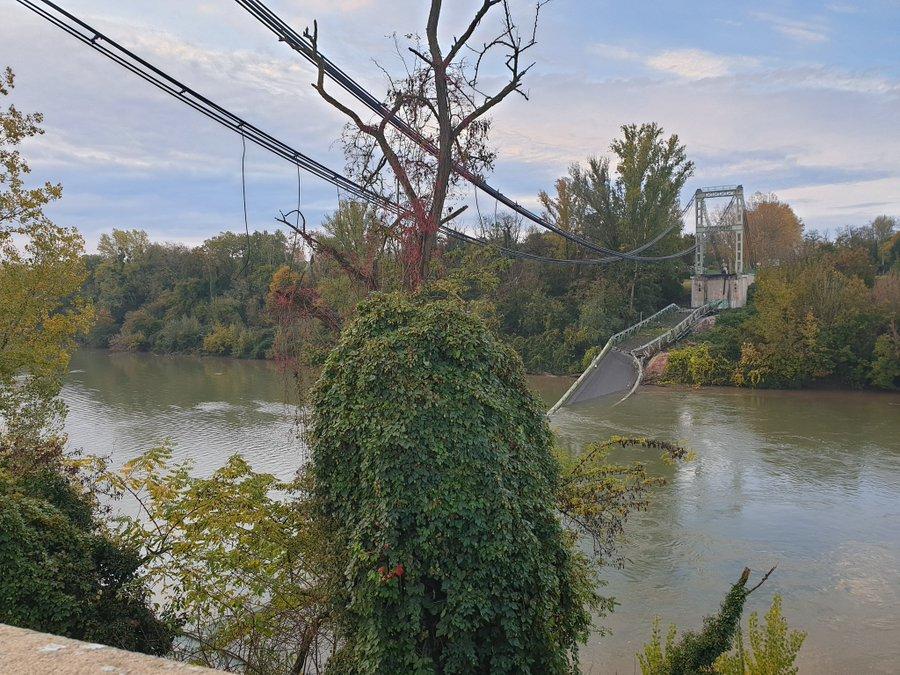 Pont de Mirepoix effondré