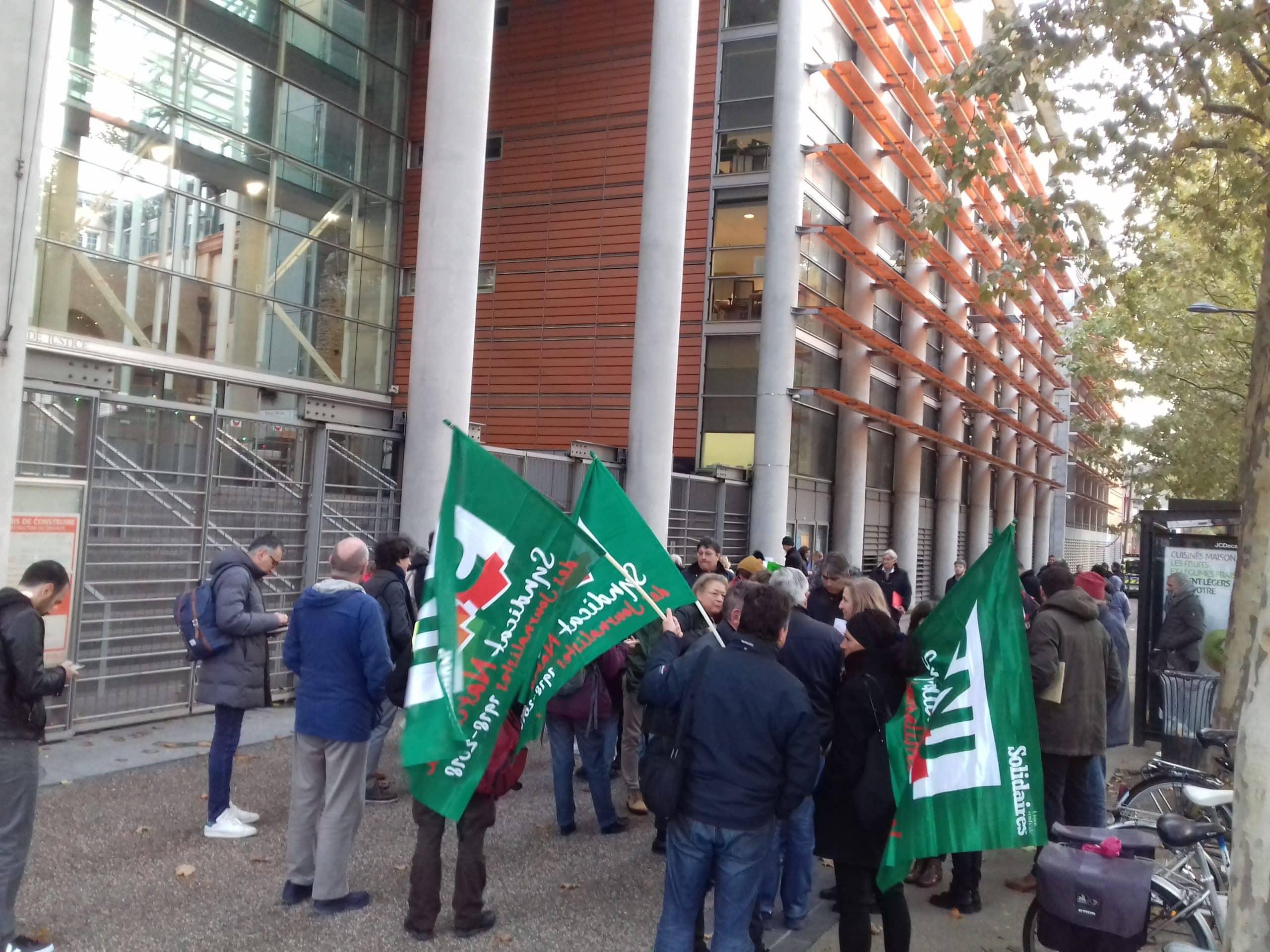 soutien à Guillaume Bernard palais de justice de Toulouse 15-11-2019