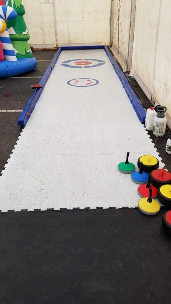 OncoSnow curling