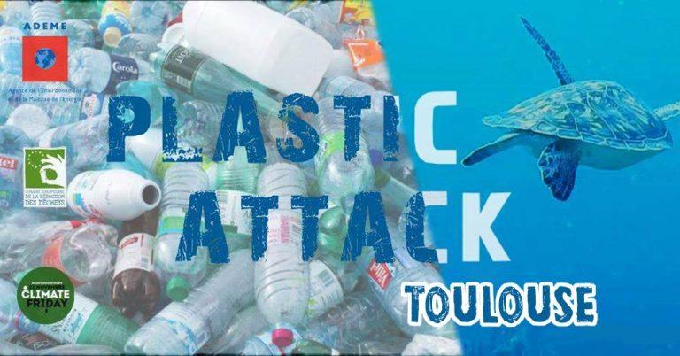 Plastic Attack, une action de sensibilisation contre le suremballage à l'Intermarché de Balma, samedi 25 janvier