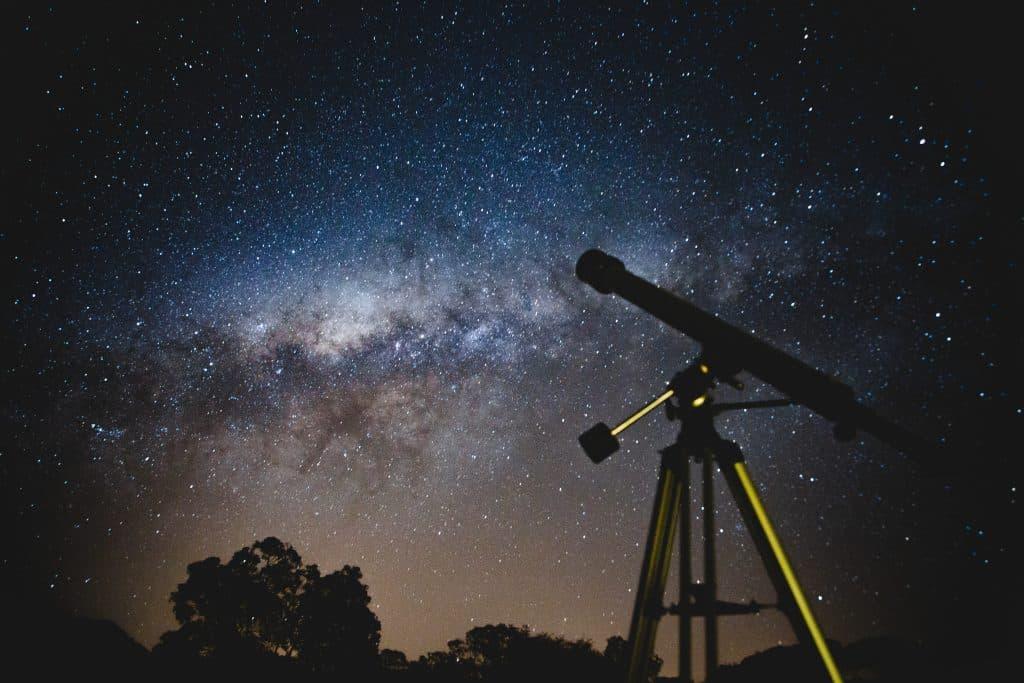 Une nuit pour observer les étoiles à Pech David CC Lucas Pezeta-Pexels
