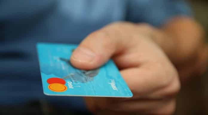 Vous pourrez payer par carte bleue vos factures locales ou vos impôts
