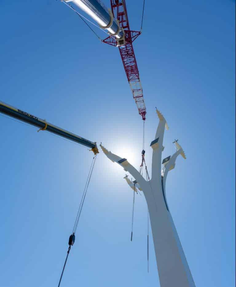 Les câbles du téléphérique installés par hélicoptère demain à Toulouse