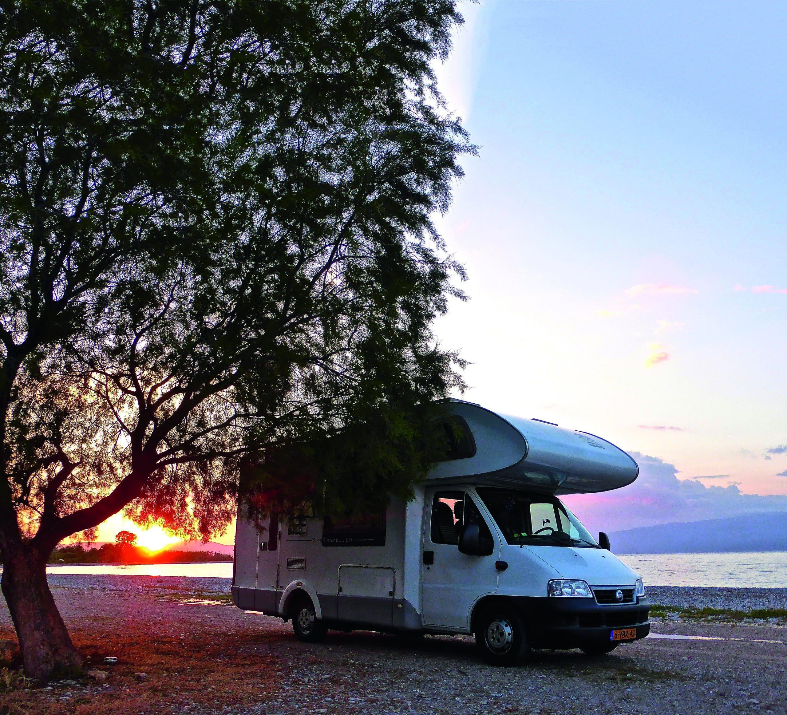 Le tourisme en camping-cars a la côte en Occitanie©Yescapa
