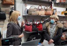 La maire de Montauban Brigitte Barèges à la rencontre des commerçants de proximité ©Mairie de Montauban