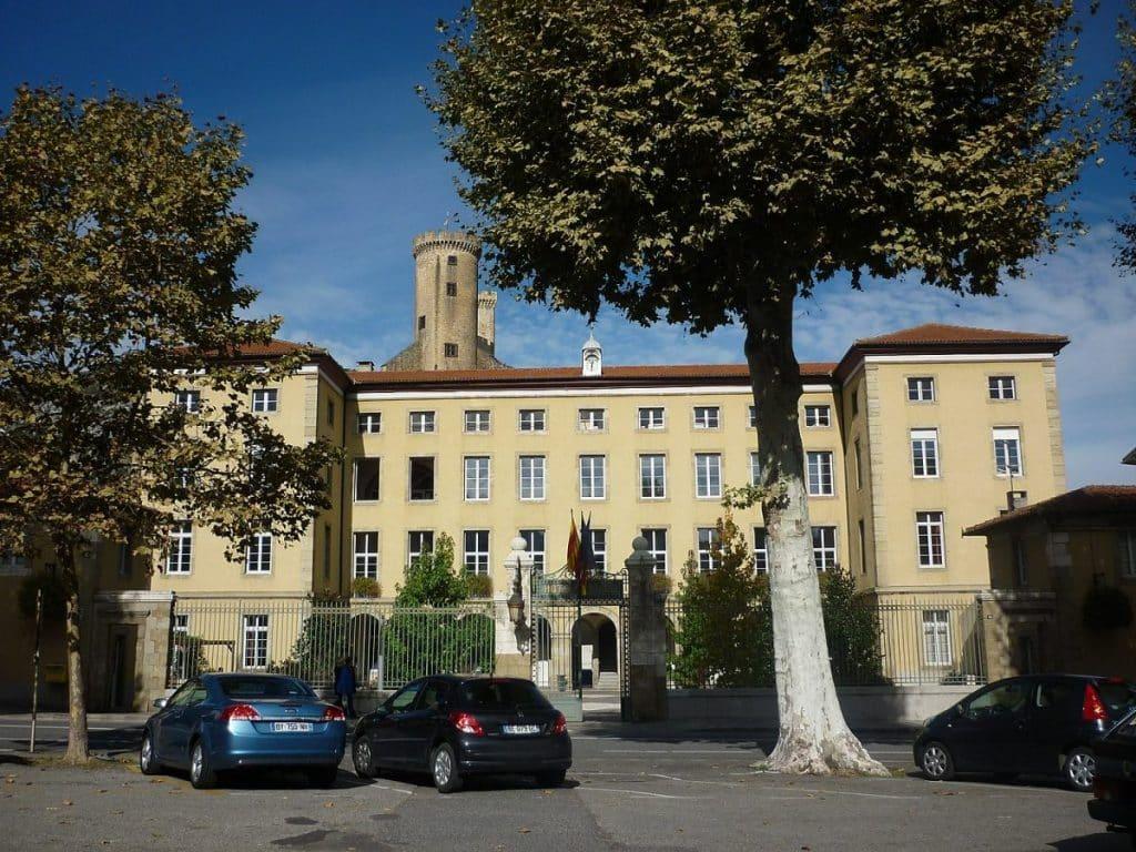 La mairie de Foix, en Ariège, participe à l'Orange Day, contre les violences faites aux femmes ©Jean-Louis Venet