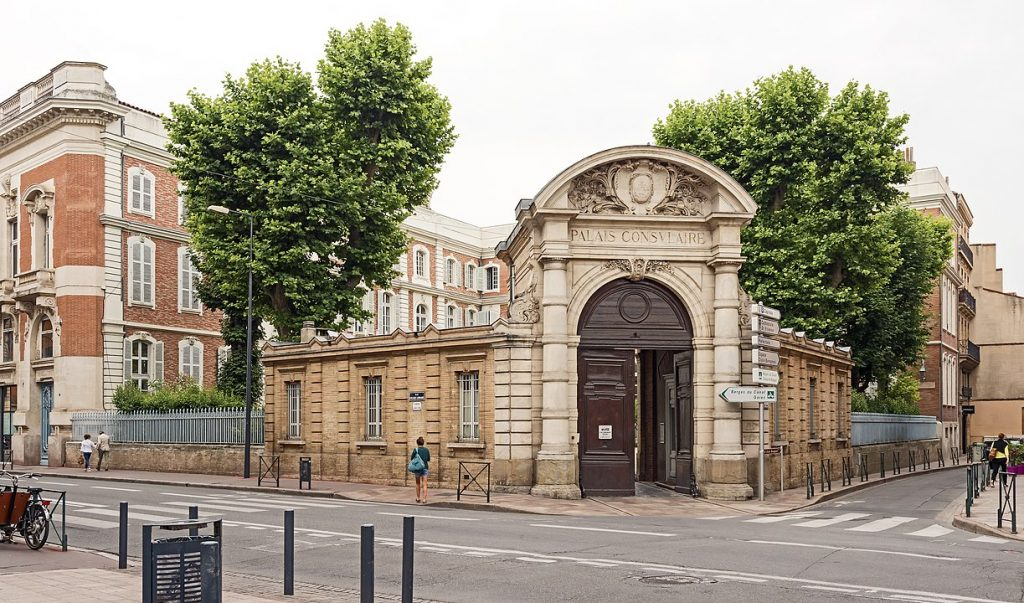 Le siège de la Chambre de commerce et d'industrie de Toulouse, qui demande la réouverture des commerces de proximité ©Didier Descouens