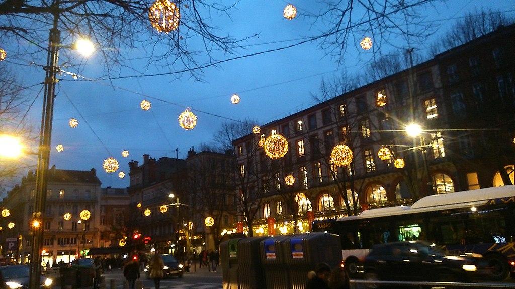 Malgré la crise sanitaire, la mairie de Toulouse prévoit un Noël exceptionnel ©Kuremu Sakura