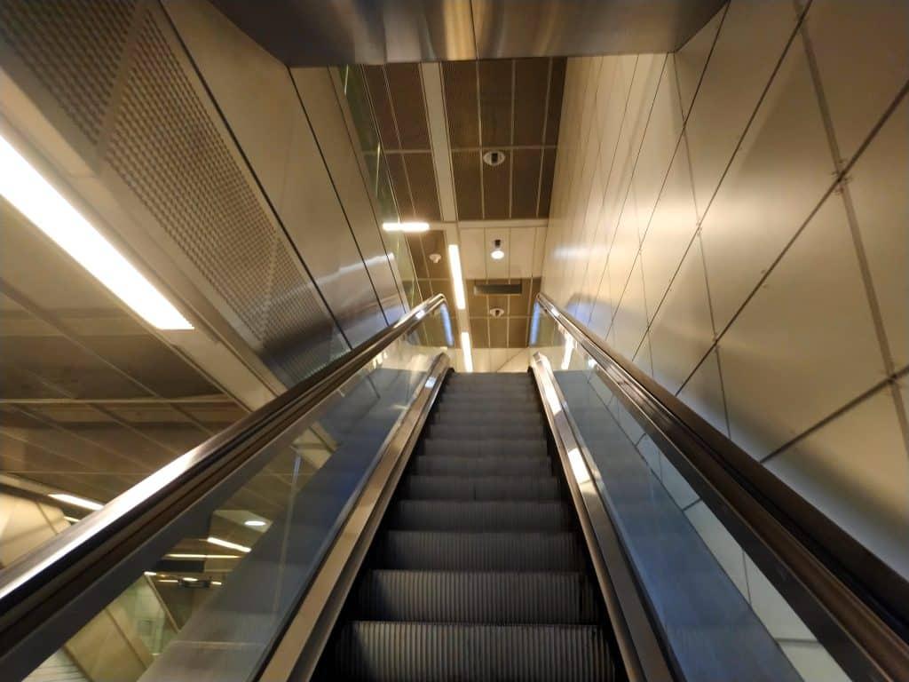 Métro François Verdier escalator