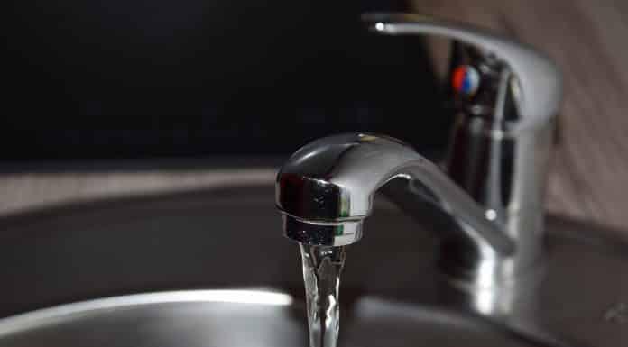 Il y a une panne dans le système de chloration de la station de traitement de l'eau potable de Saint-Geniez-d'Olt-et-d'Aubrac, en Aveyron En raison des fortes pluies de ces derniers jours, la Ville de Cahors informe que l'eau de son réseau ne doit pas être consommée ©Fauset