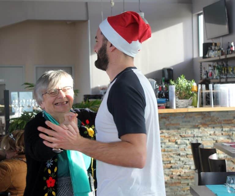 Noël solidaire: Les 50 actions des Petits frères des pauvres