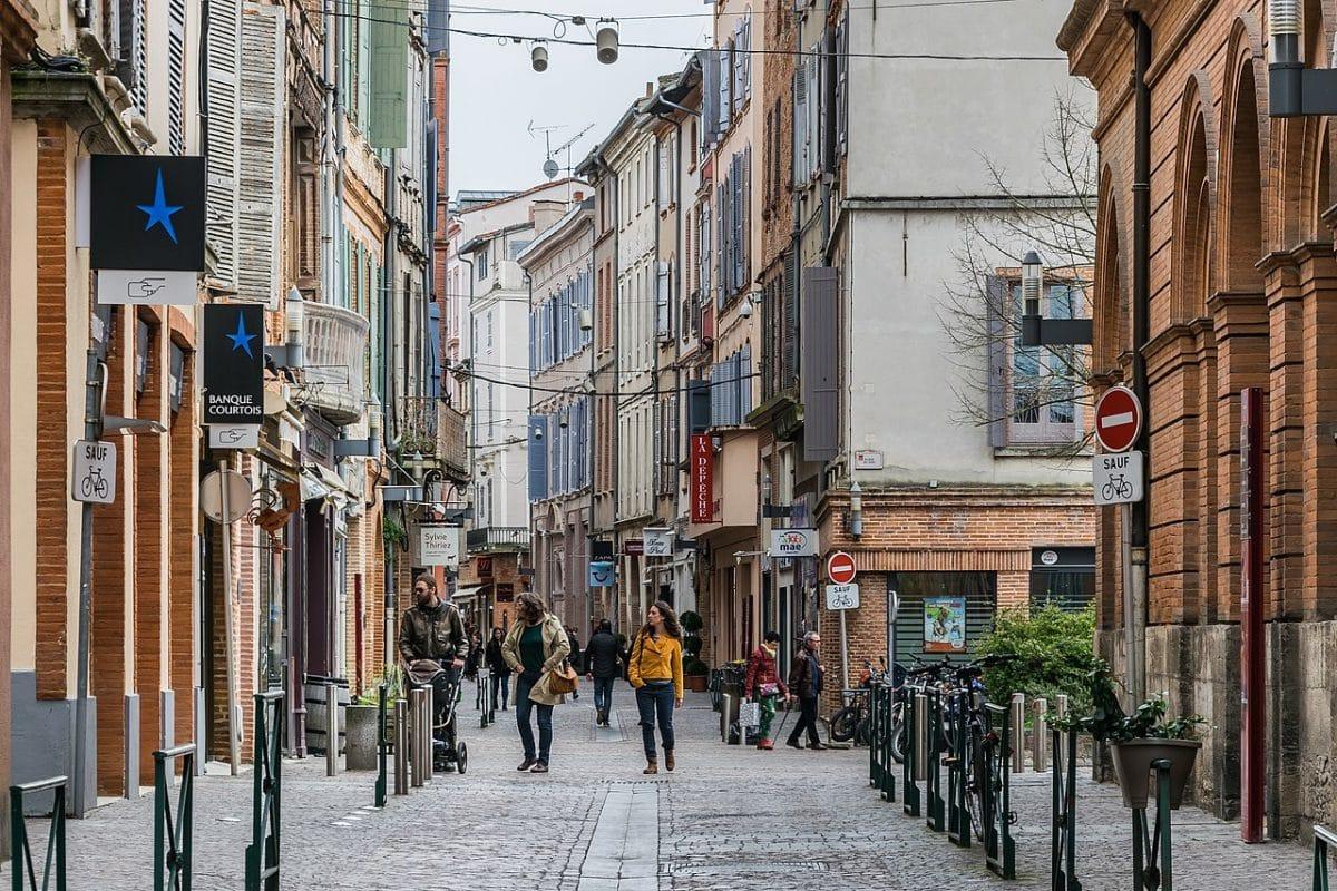 rue Montauban Tarn-et-Garonne commerce