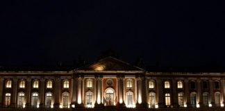 toulouse_capitol_night_light-©DR