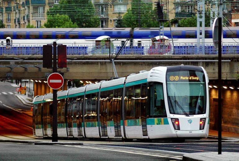 Comment remettre les transports publics sur la bonne voie ?