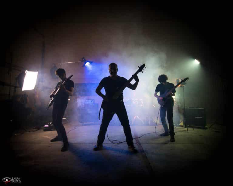 Facing The Arch, le premier EP du groupe Big Blue Girafa