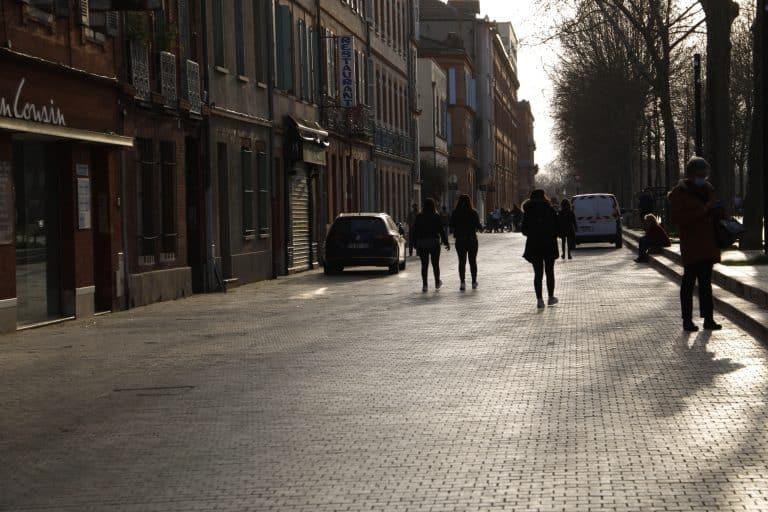 Le reconfinement s'impose-t-il à Toulouse et en Occitanie ? Ce que disent les chiffres