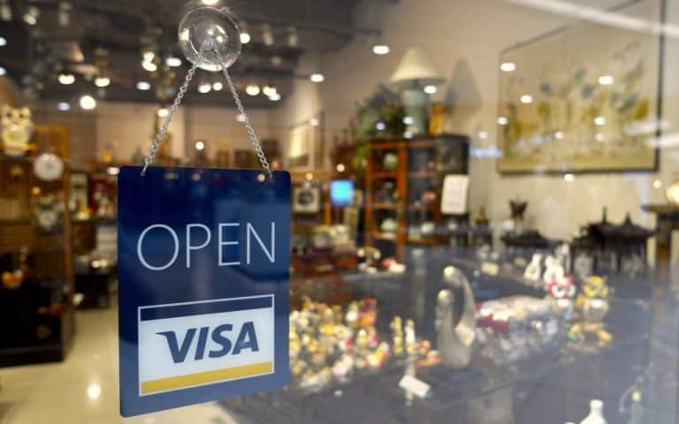 Confinement : quels sont les commerces ouverts et fermés ?