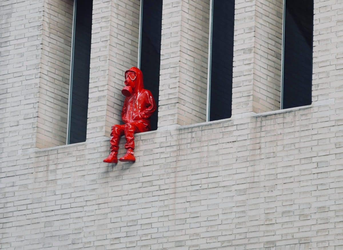 colomina barcelone statue