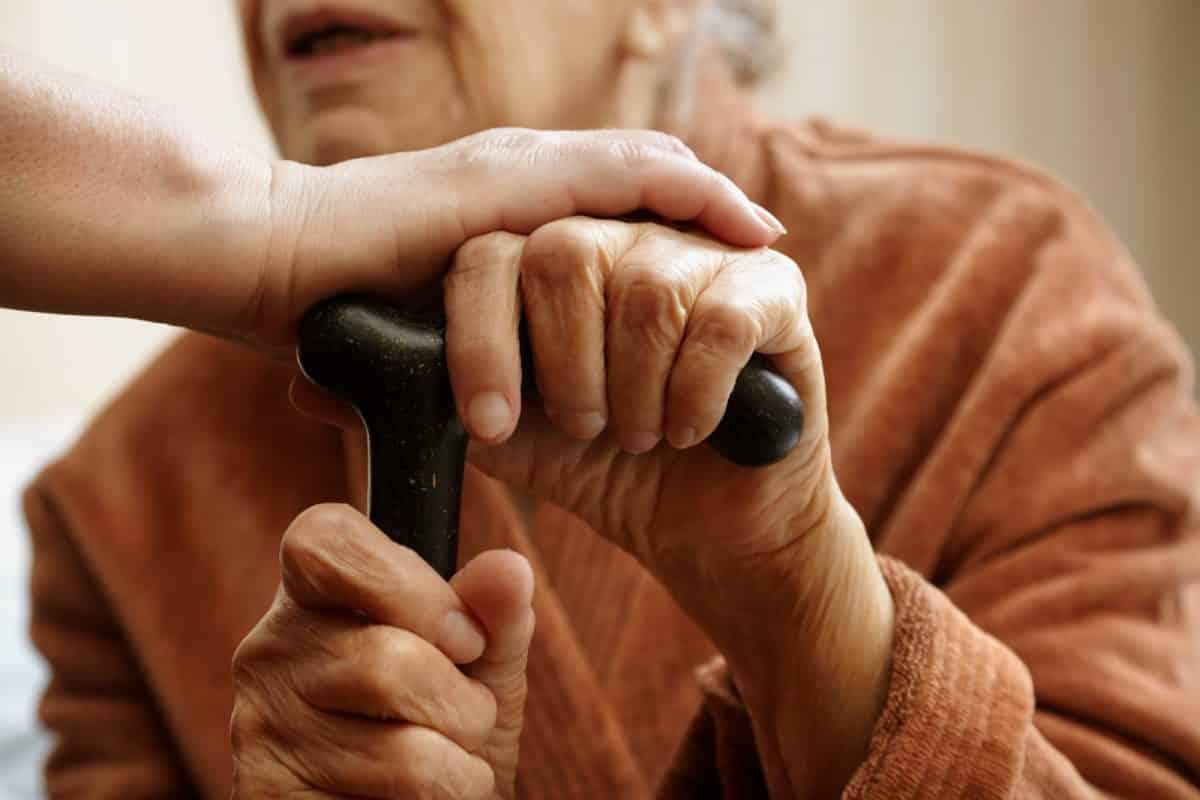 personnes âgées aide à domicile