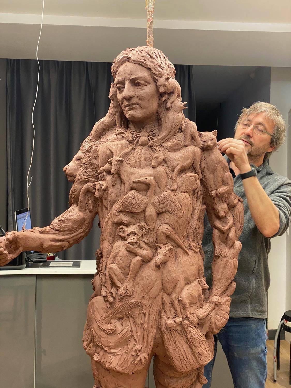 hommage Jean de La Fontaine sculpteur Sébastien Langloÿs