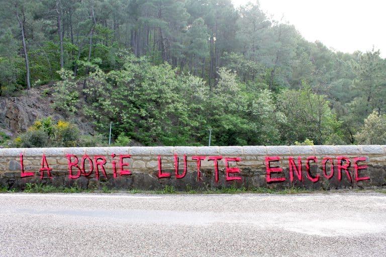 Dans le département du Gard, Les occupants du domaine de la Borie de Saint-Jean-du-Gard, ont été expulsé, ce mercredi 2 juin, par les forces de l'ordre @Laborie.noblog