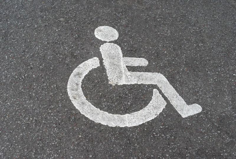 place handicap Narbonne Aude