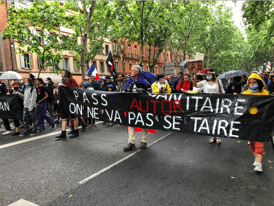 Manifestation contre le pass sanitaire / Léo Molinié